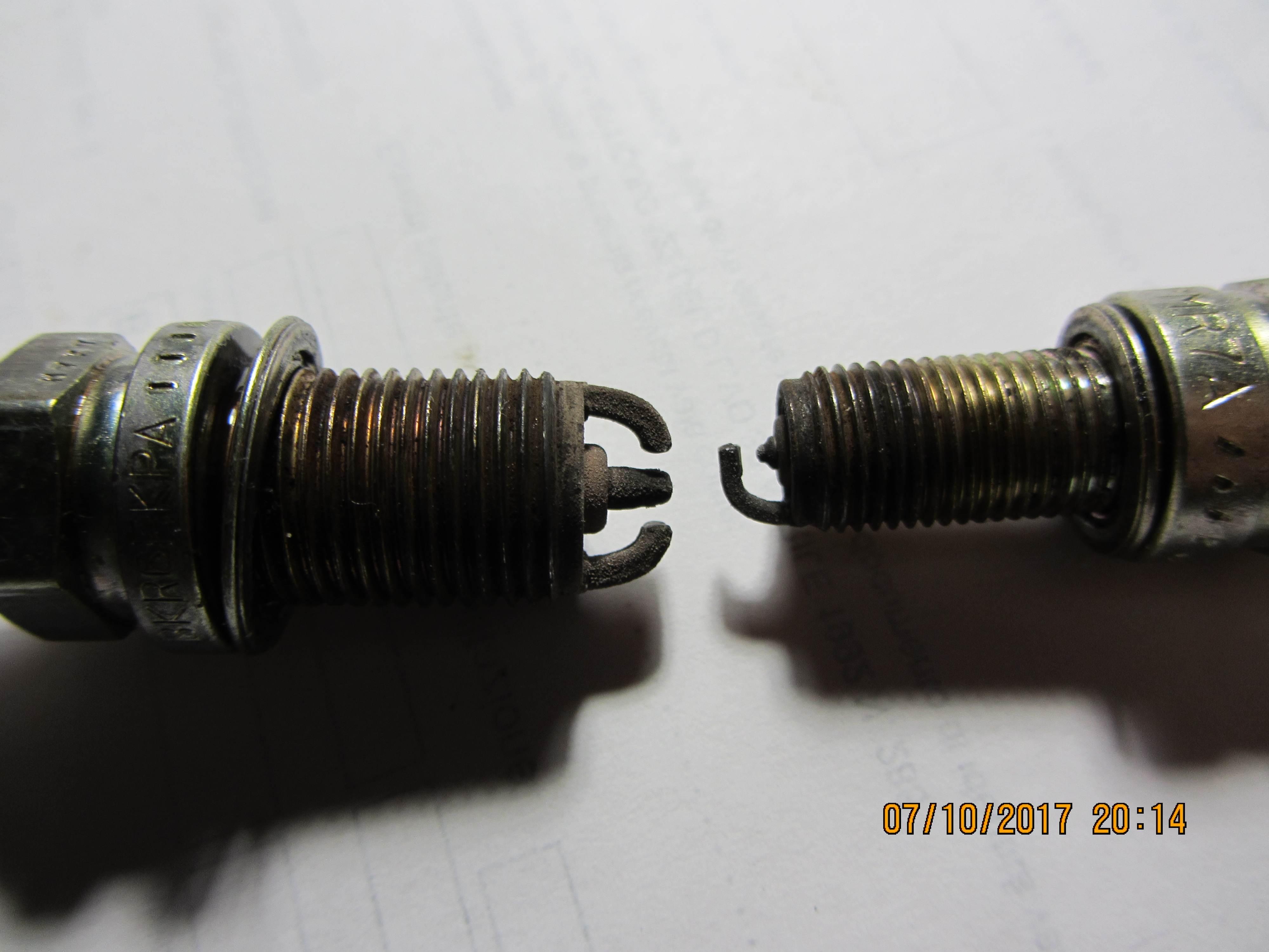 foto Come cambiare le candele  alla 156 2.0 twin spark? - 2