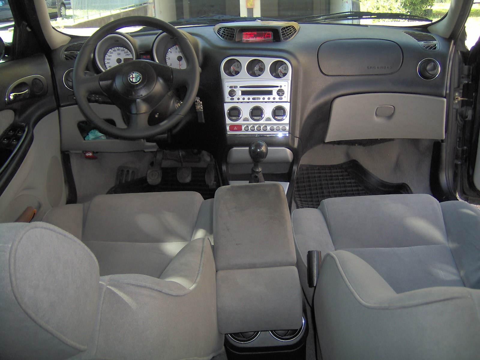 foto Alfa Romeo 156 SW - 1.9 mjet 16V 150CV - VE - 14