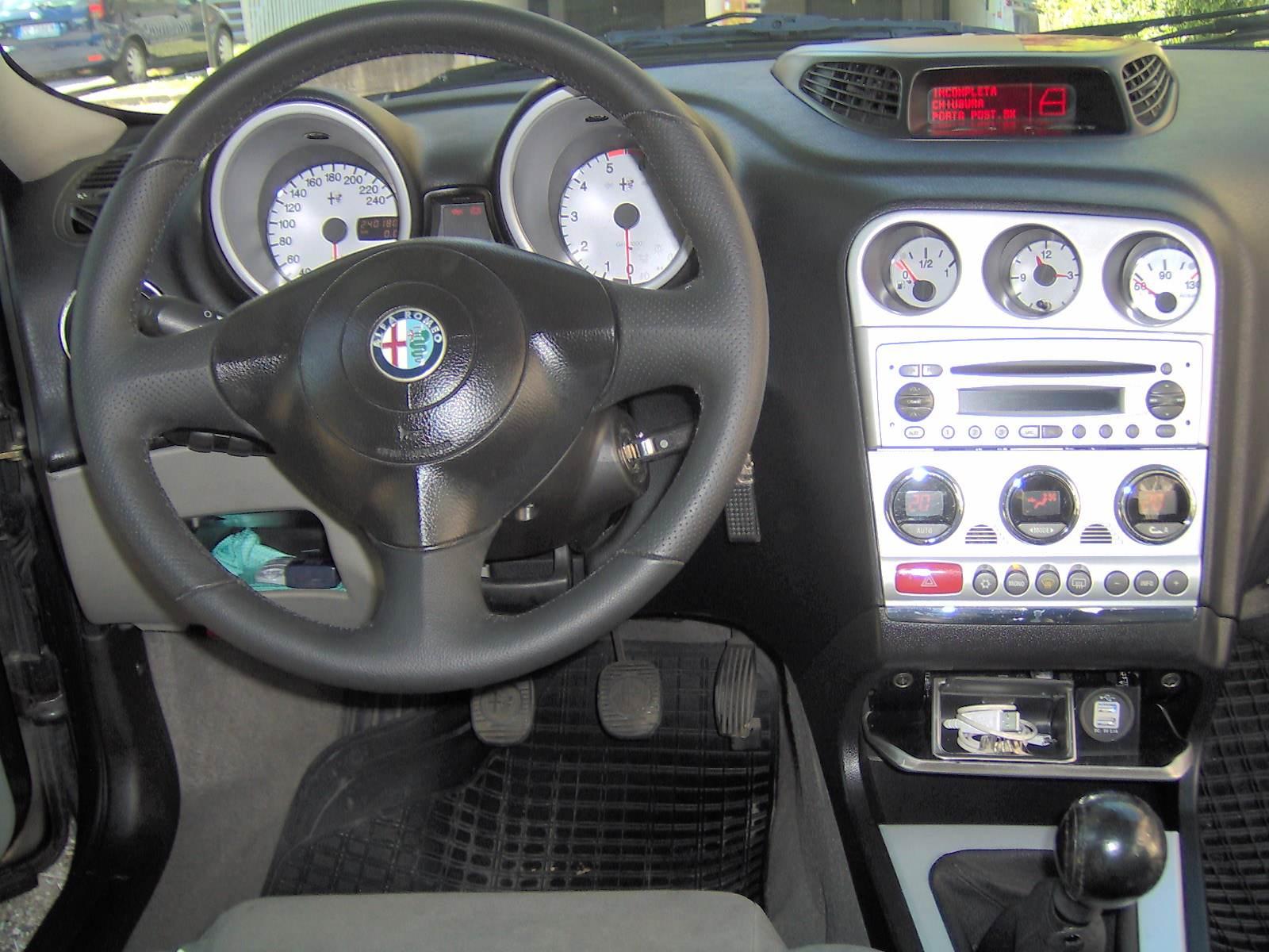 foto Alfa Romeo 156 SW - 1.9 mjet 16V 150CV - VE - 15