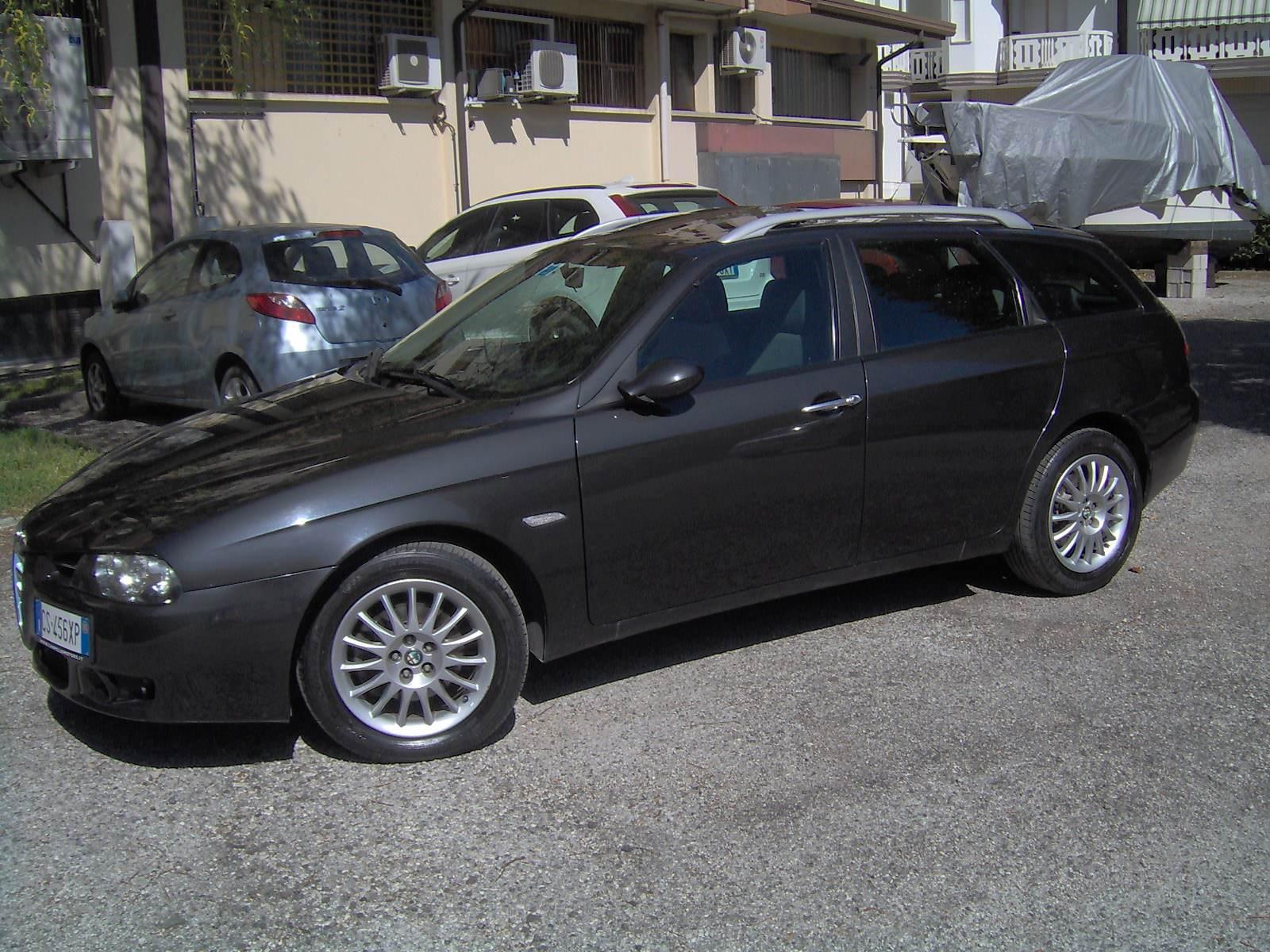 foto Alfa Romeo 156 SW - 1.9 mjet 16V 150CV - VE - 2