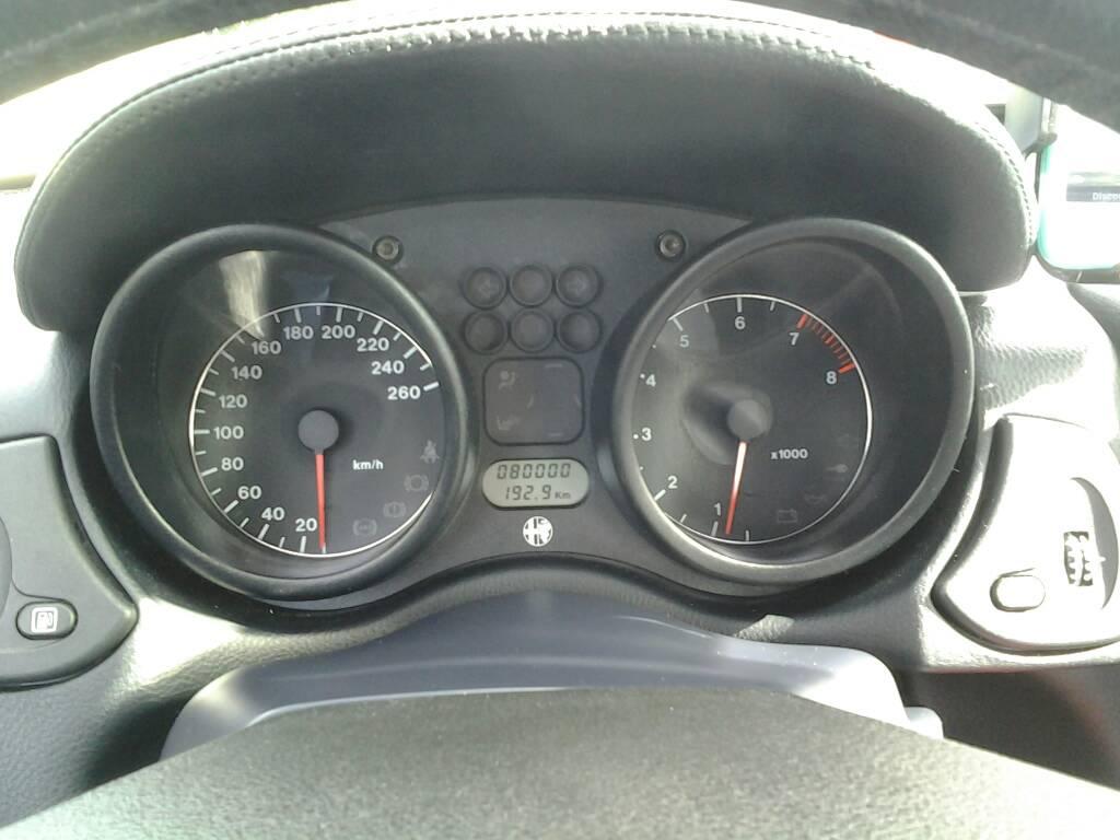 foto Alfa Romeo Spider 916: illuminazione elemento contakm - 1