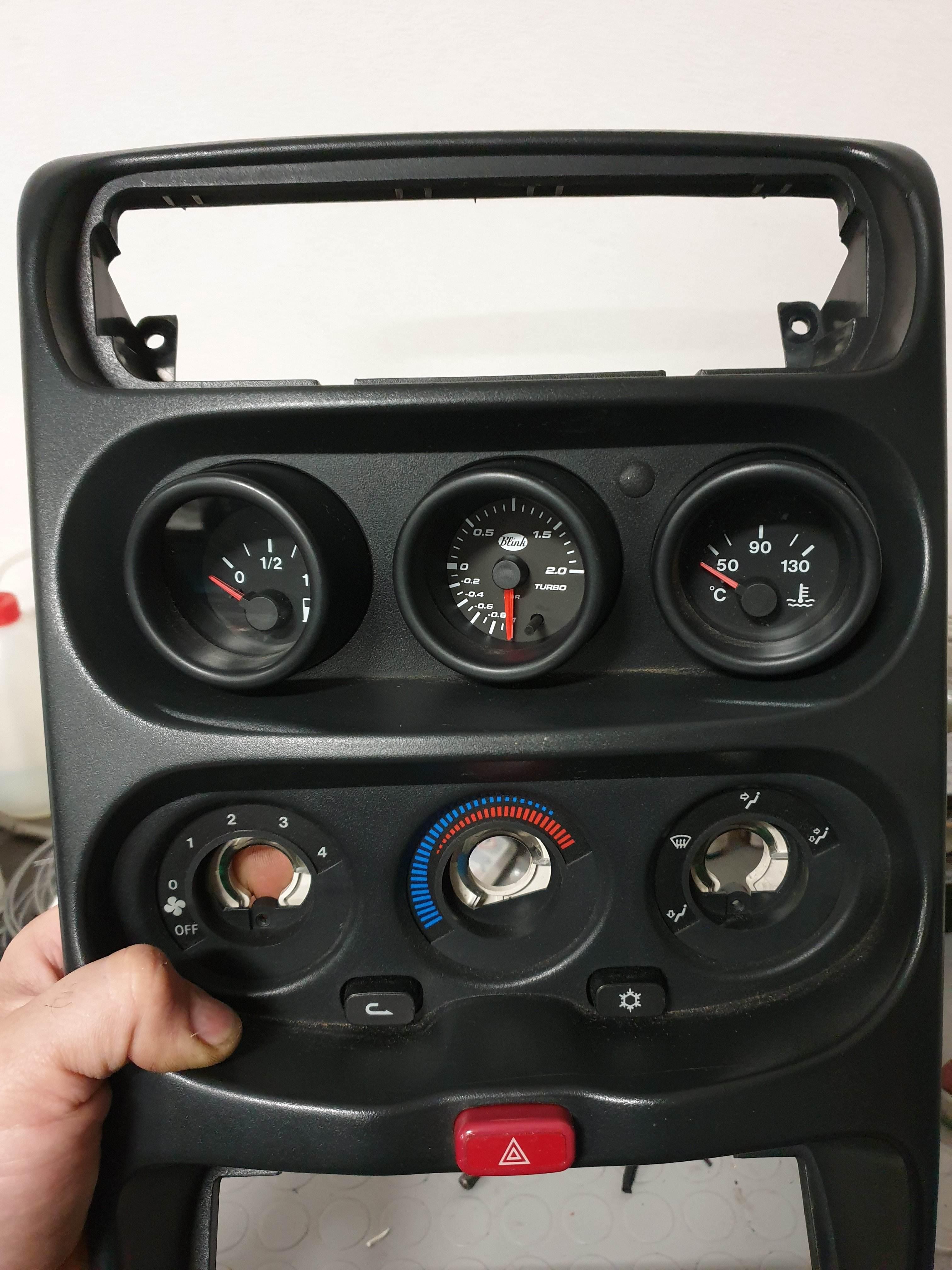 foto Montaggio manometro pressione - 3