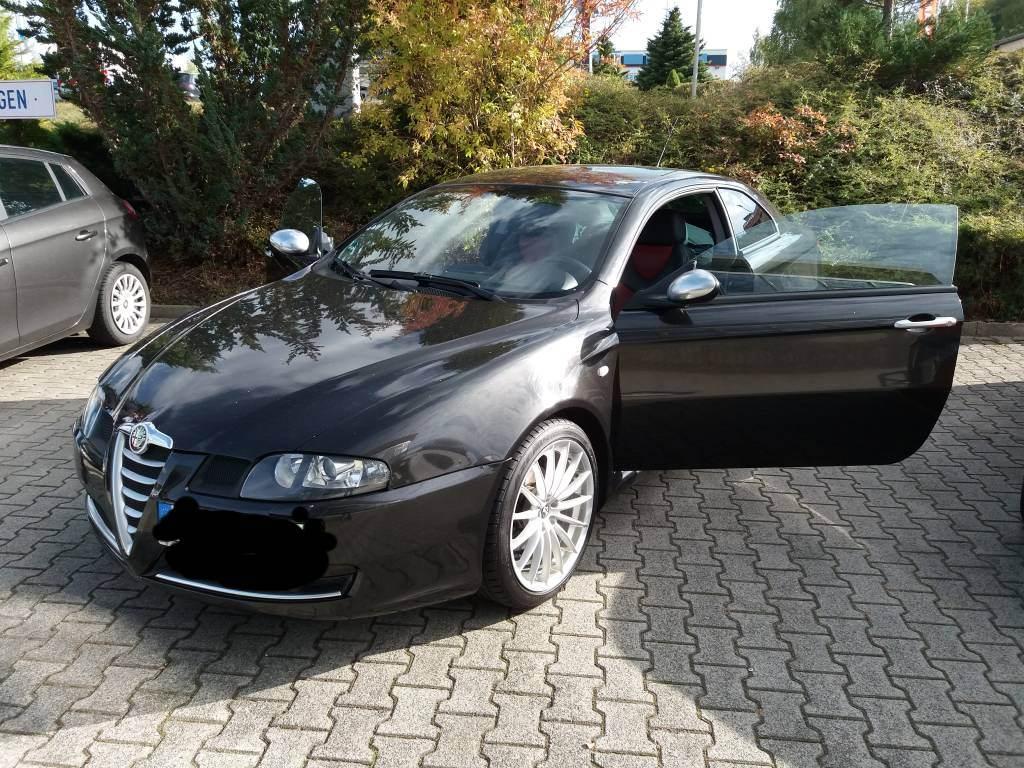 foto Alfa GT - 2.0 16V - Distinctive - 2008 - 1