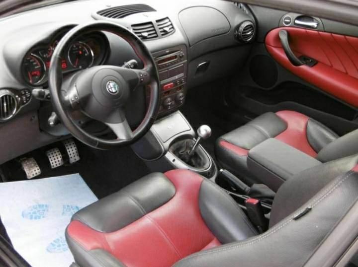 foto Alfa GT - 2.0 16V - Distinctive - 2008 - 4