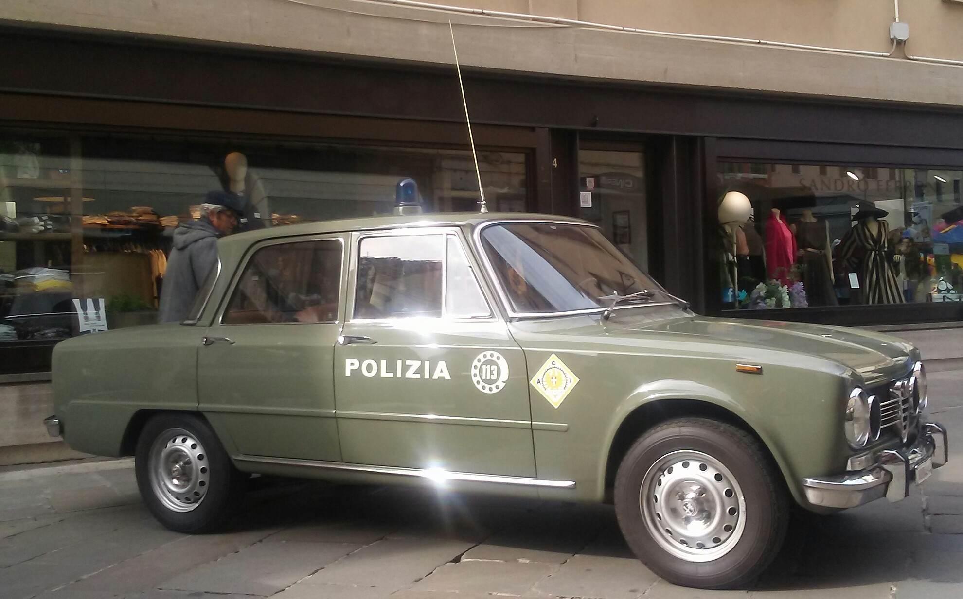 foto Livrea Polizia - 1