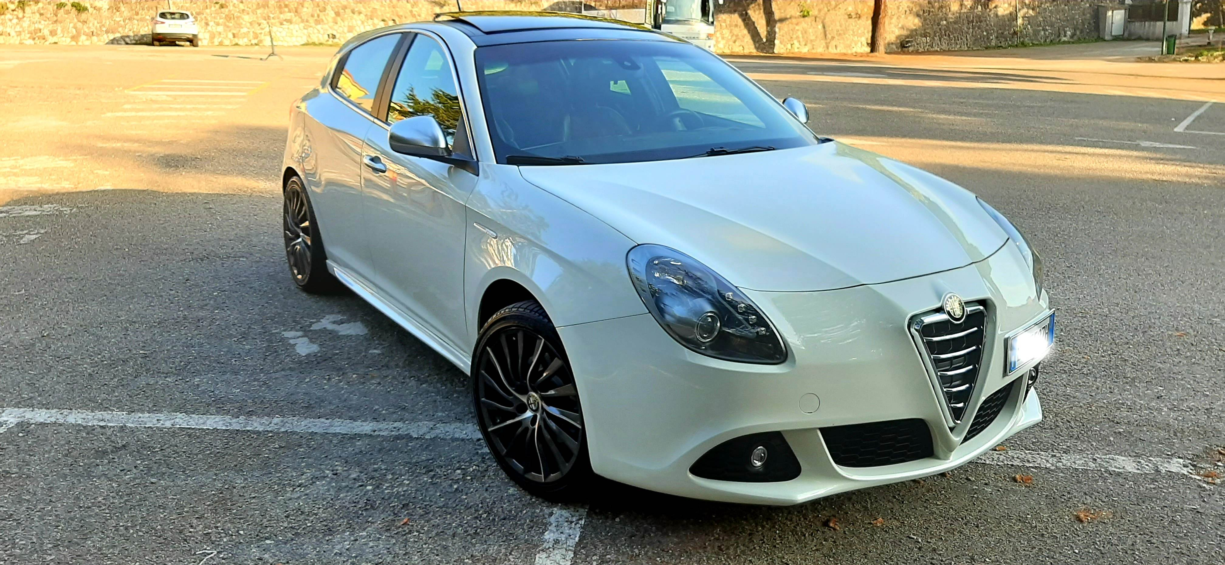 foto Scelta cerchi in lega per Alfa Romeo Giulietta - 8