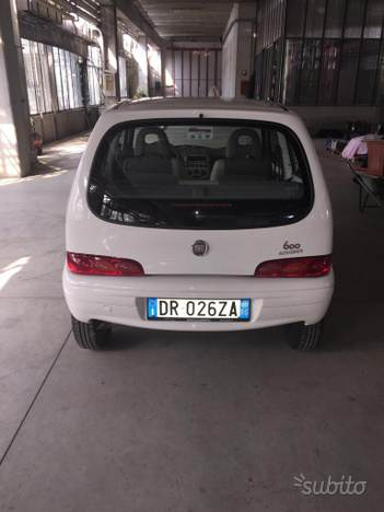 foto Alfa Romeo 156 - 2.0TS 16v 155cv - Blu Vela - 2001- VA - 11