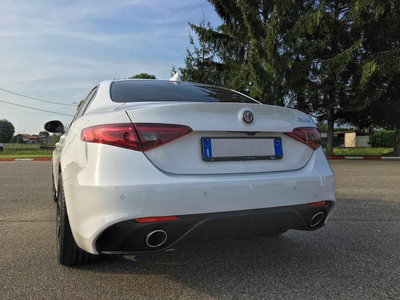 """foto Vendo Alfa Romeo Giulia Super 2.0 """"Sport Edition"""" 200 CV AT8 - 5"""