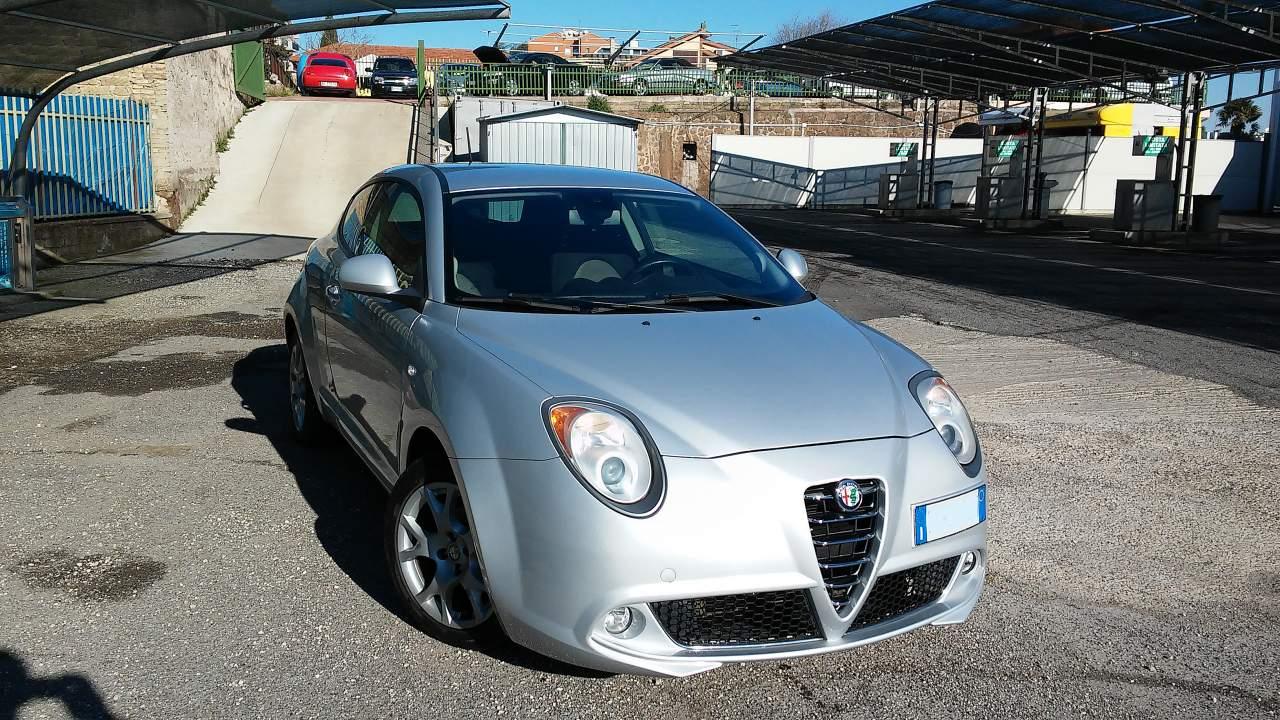 foto Alfa Romeo Mito - 1.4 16V 78CV - Junior Sport Pack - Grigio Techno - 2008 - RM - 3
