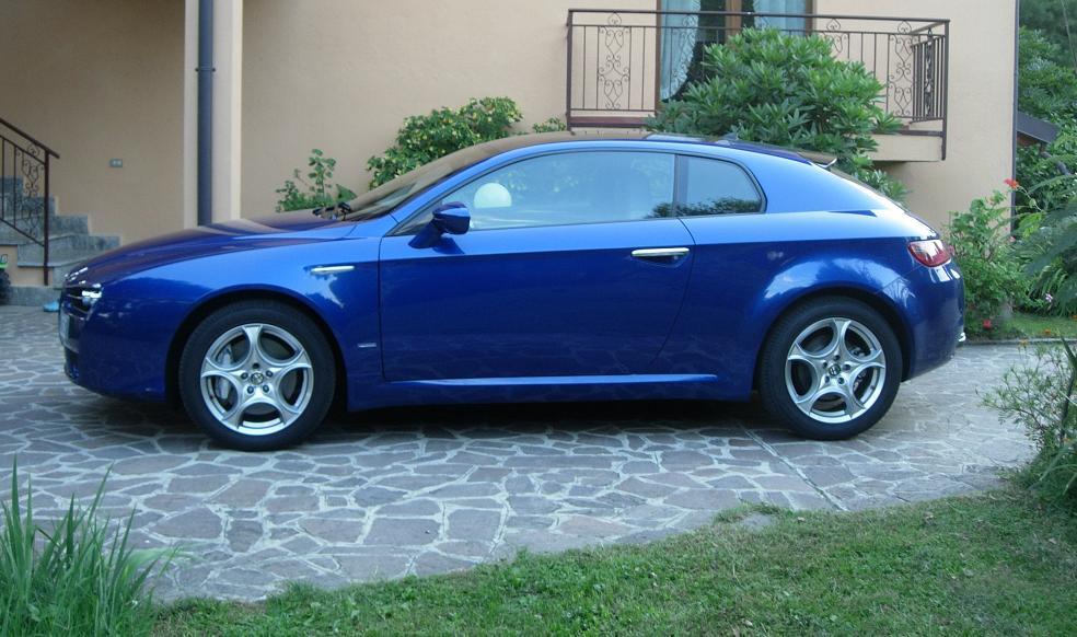 foto Alfa Romeo Brera - 3.2 V6 Q4 260cv - Blu Misano - 2007 - MB - 4