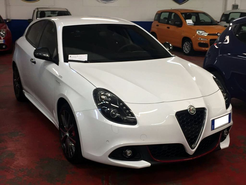 alfa romeo giulietta tbi 240cv tct veloce bianco alfa 2017 to my16 club alfa. Black Bedroom Furniture Sets. Home Design Ideas