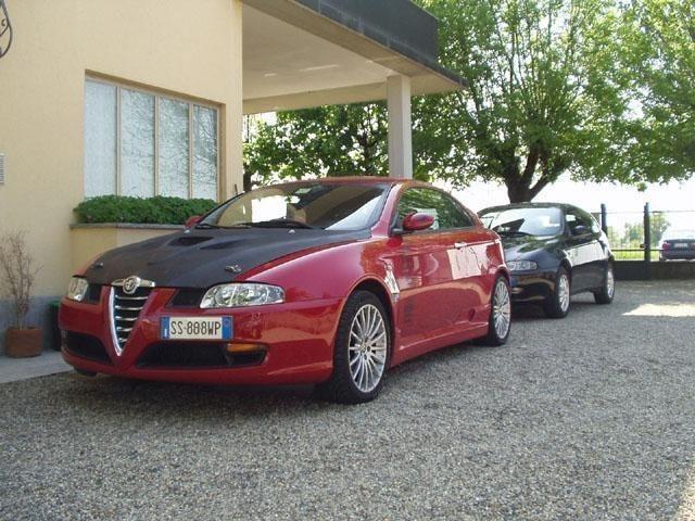 foto Alfa GT - 1.9 M-Jet 150 Cv - Distinctive - Rosso Alfa - 2005 - Torino - 2
