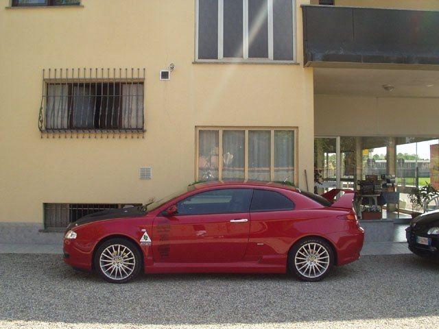 foto Alfa GT - 1.9 M-Jet 150 Cv - Distinctive - Rosso Alfa - 2005 - Torino - 3