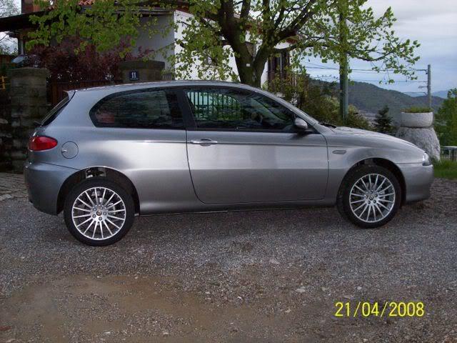 foto Alfa 147 - 1.6 TS 120cv - grigia - 2008 - TS - 4