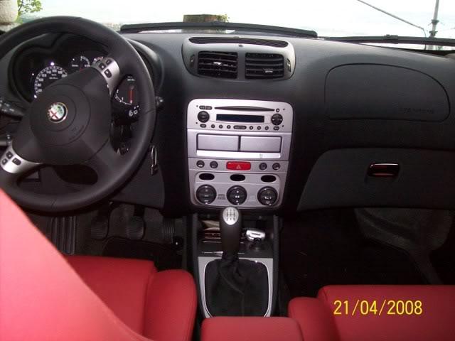 foto Alfa 147 - 1.6 TS 120cv - grigia - 2008 - TS - 12