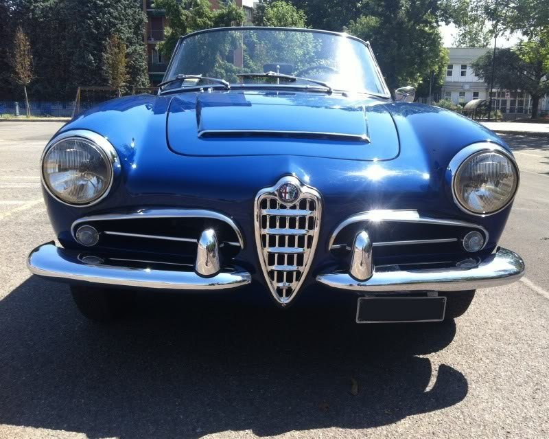 foto Alfa Romeo Giulia Spider - 1600 Veloce - Blu Fiorenza - 1964 - MI - 5