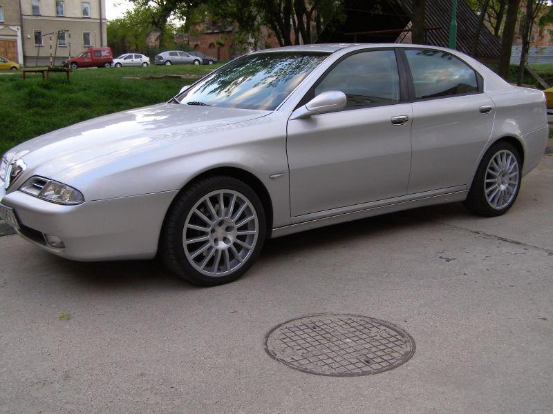 foto Alfa 166 - 3.0 V6 - Grigio Sterling - 2000 - Polonia Glogow - 2