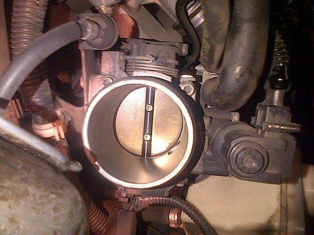 foto Singhiozzo e leggera decelerazione olte i 2.500 rpm - compressore clima - {attachcounter}