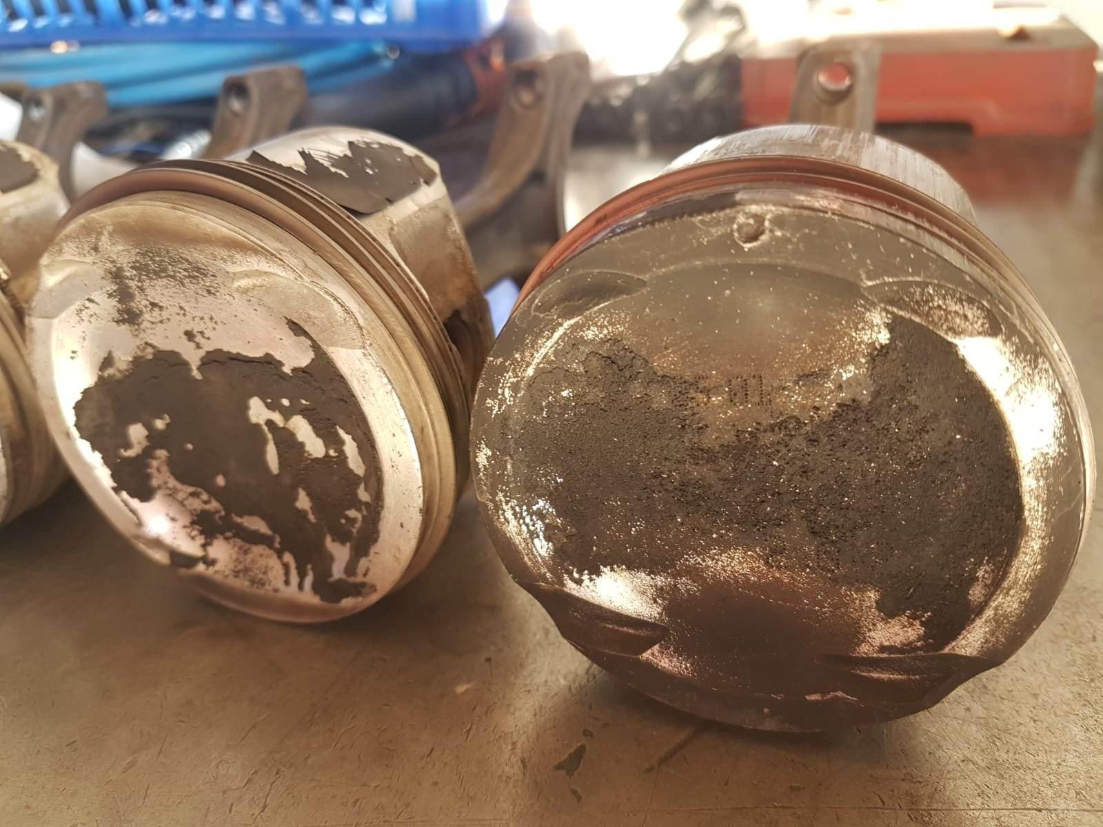 foto Consumo eccessivo olio 147 1.6 105 cv - 5