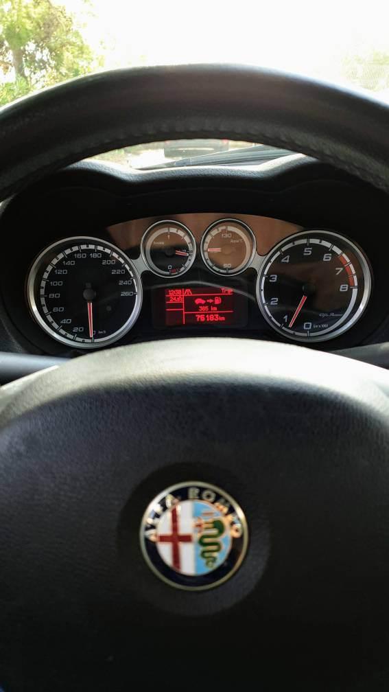 foto Alfa Romeo MiTo - 1.4 78cv 16v - Junior Sport Pack - 4