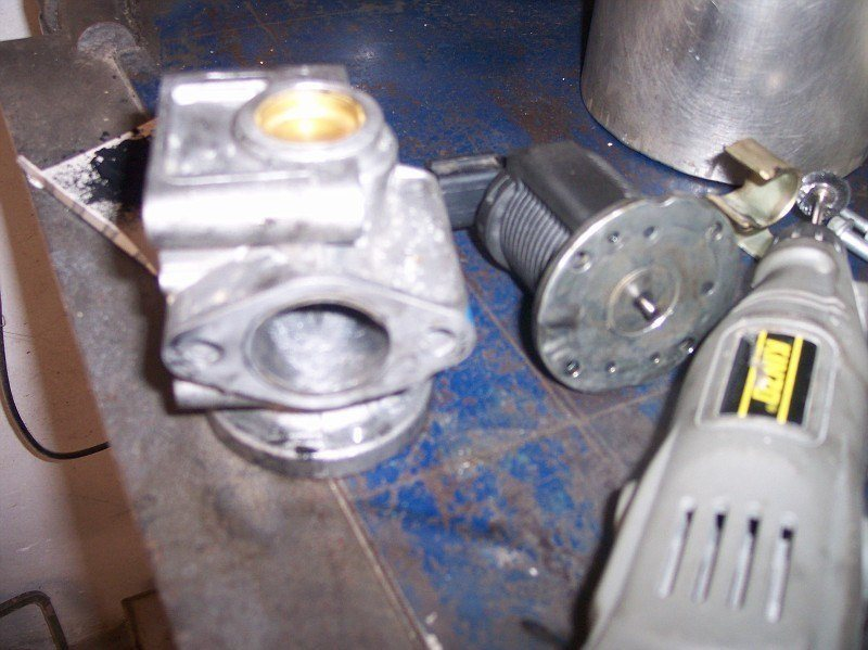 foto Pulizia valvola EGR e serbatoio recupero vapori d'olio Alfa 156 JTDm - 9