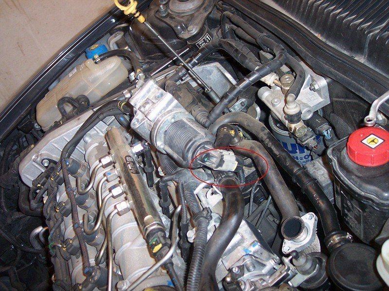 foto Pulizia valvola EGR e serbatoio recupero vapori d'olio Alfa 156 JTDm - 2