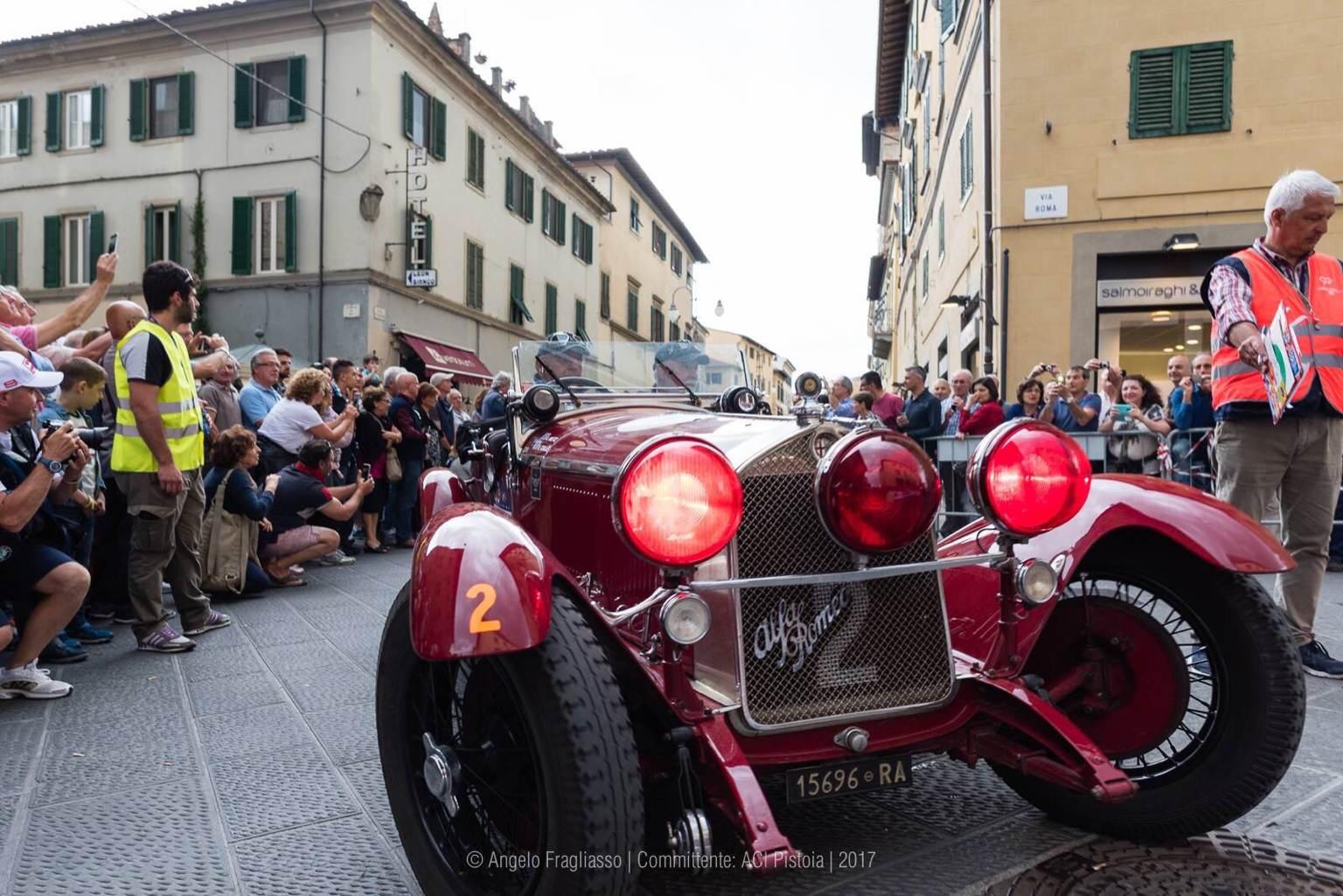 foto Raduno Alfa Romeo & Ferrari a Pistoia - 2