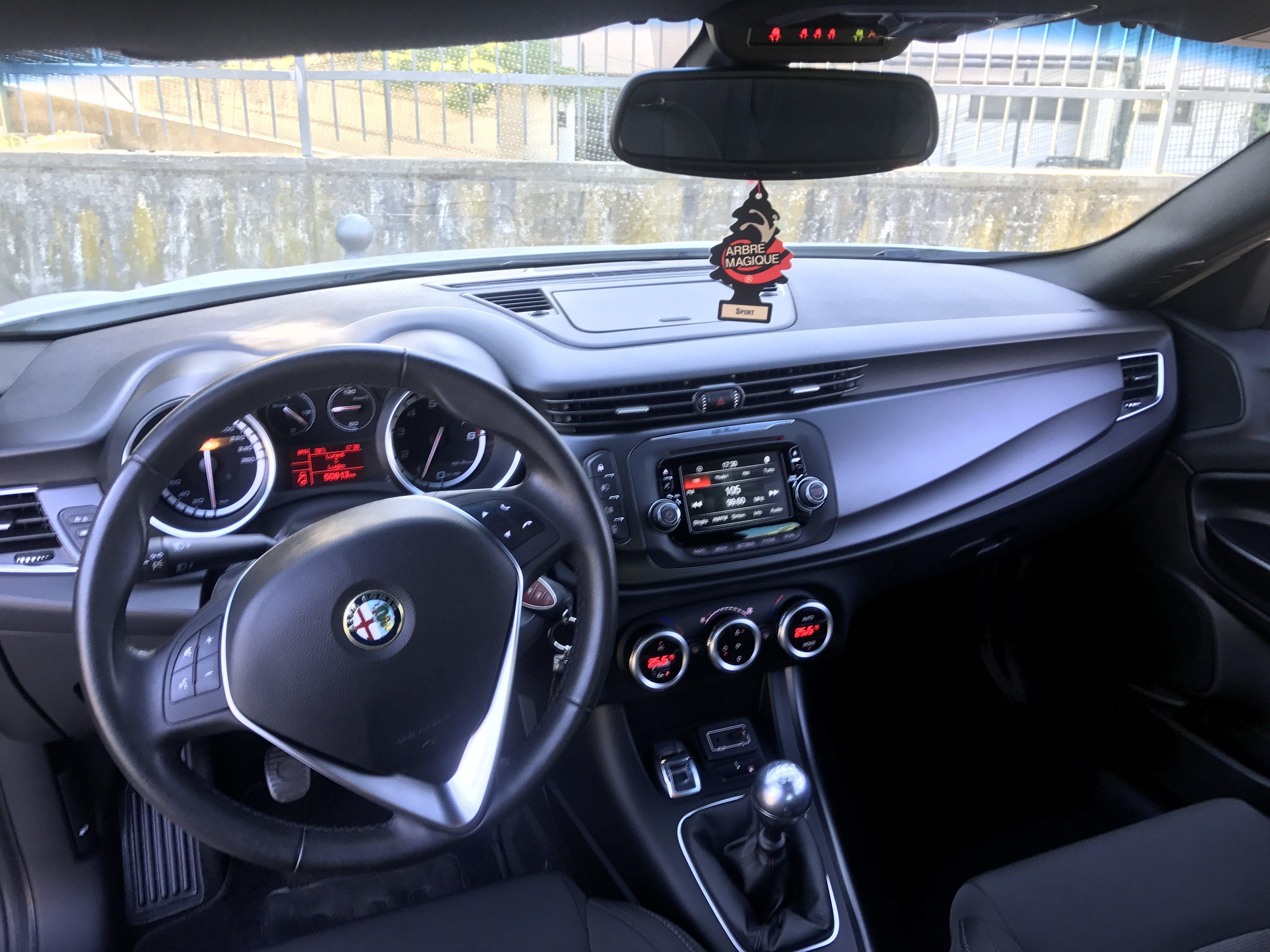 foto Vendo Alfa Giulietta Gpl 2015 50000km perfetta! - 4