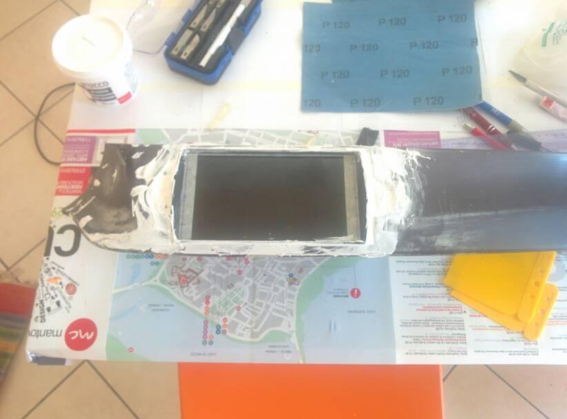 foto Giulietta - Modifica del vano Radionavigatore per installare Tablet/CarPC - 9