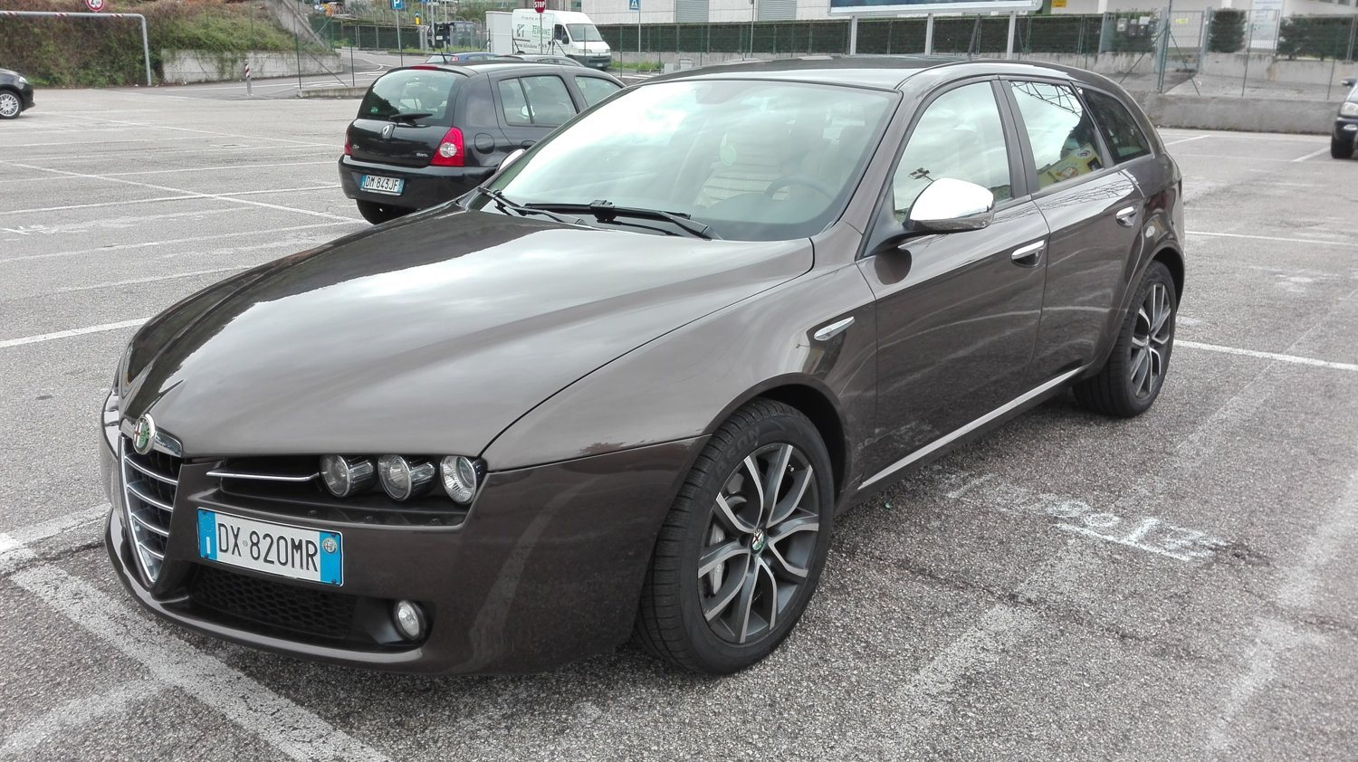 alfa romeo 159 sw 2 4 jtdm 210cv q4 distinctive brown 2009 trento tn club alfa. Black Bedroom Furniture Sets. Home Design Ideas
