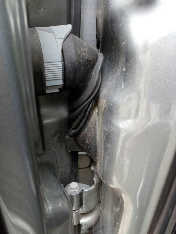 foto Acqua lato anteriore passeggero - 11
