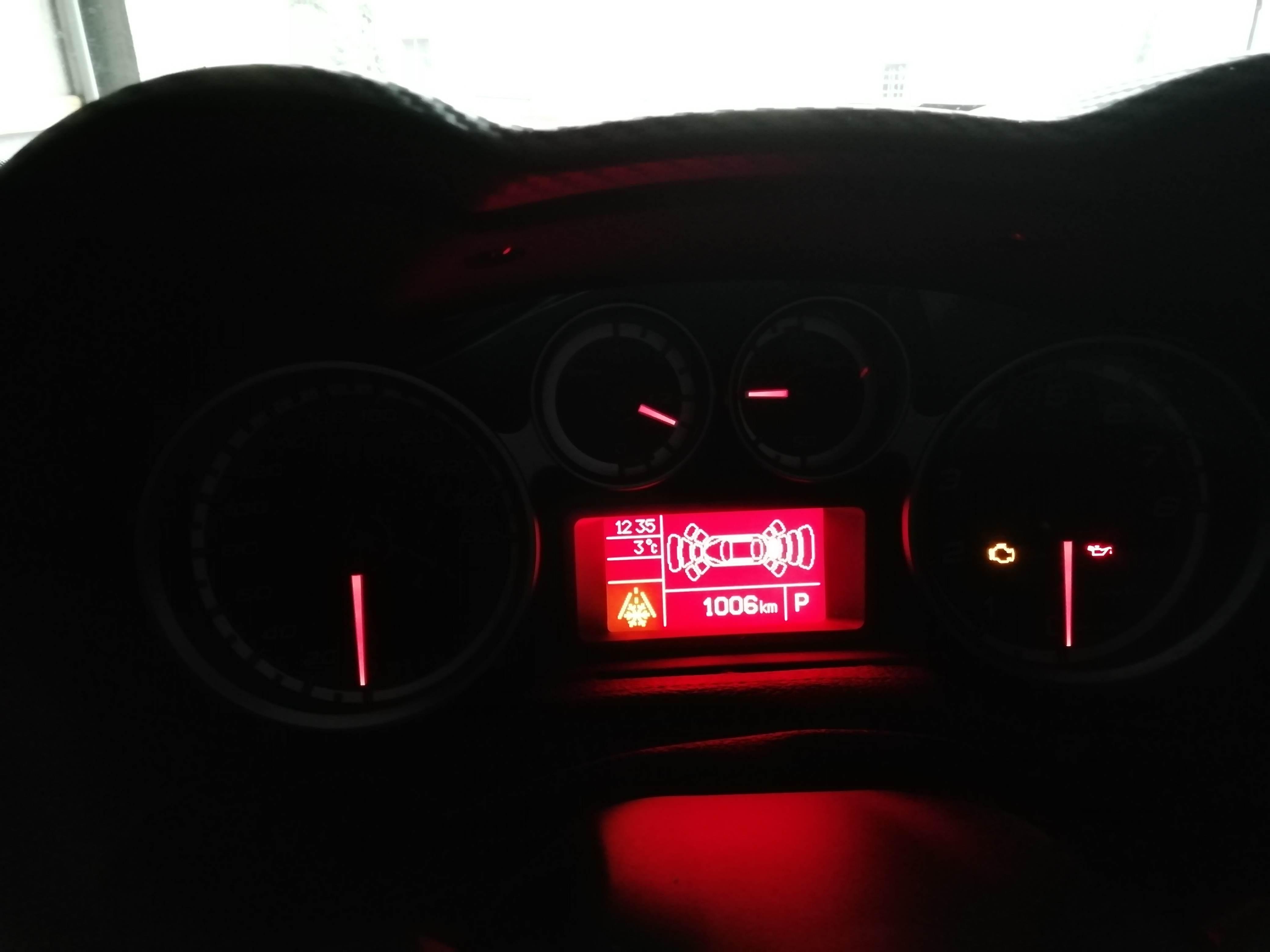 foto sensori di parcheggio anteriori - 1