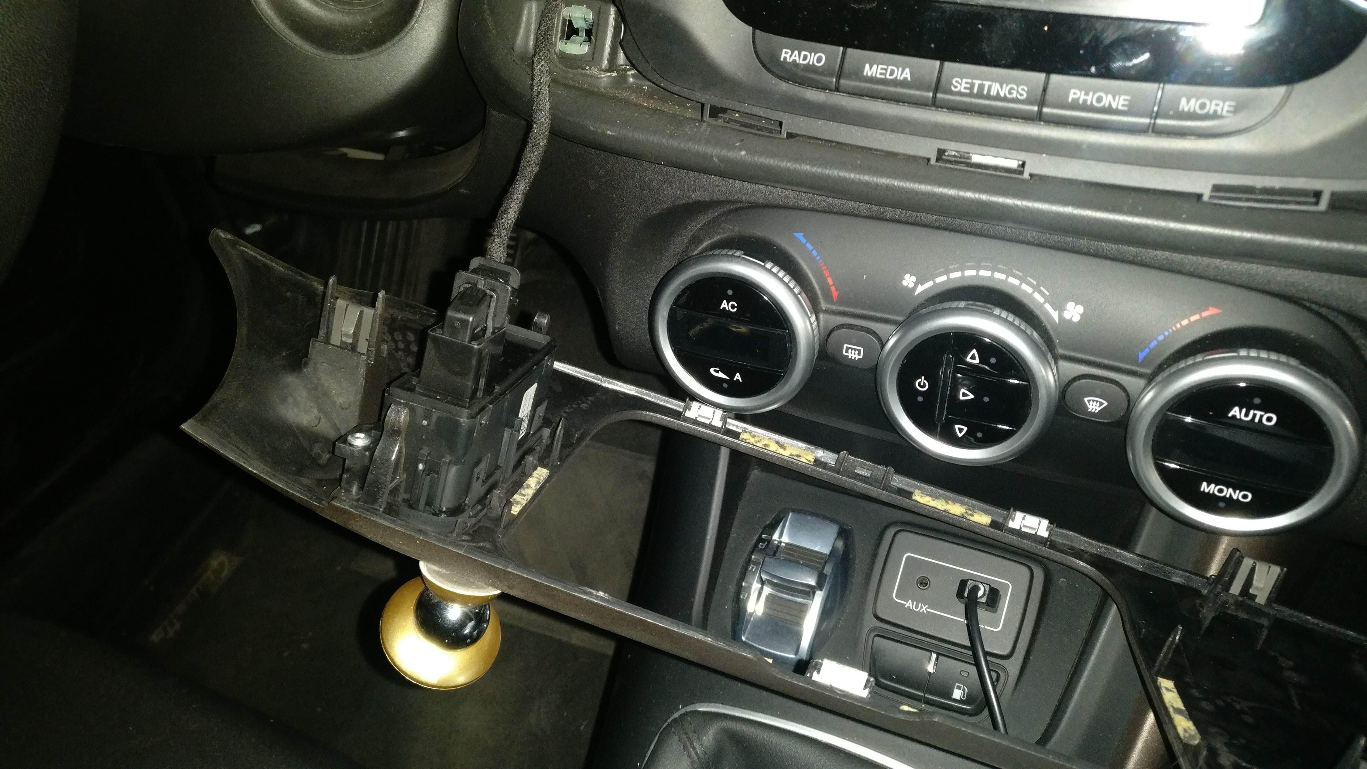 foto [DIY] Installazione autoradio 2DIN - CON FOTO - 4