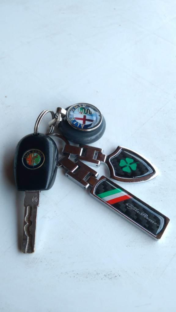 foto Che portachiavi avete per la chiave dell'Alfa? - 1