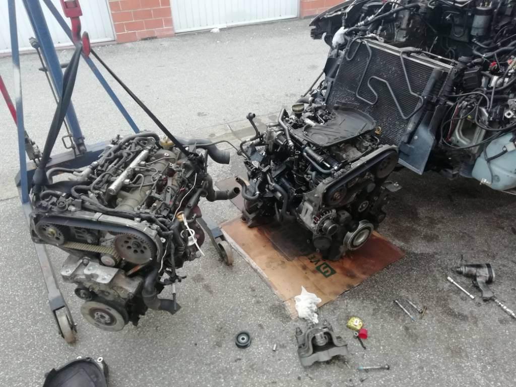 foto Lavoro del giorno sostituzione motore - 1
