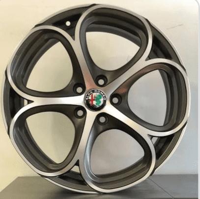 foto Alfa Romeo Giulia - 2.2 mjet 180cv - AT8 - Executive - Bianca - 2018 - FE - 6