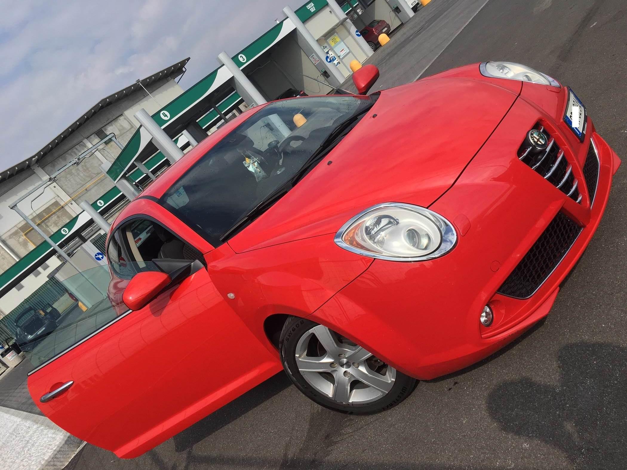 foto Alfa Romeo Mito - 1.6 jtdm 120cv - Distinctive - 2008 - 1