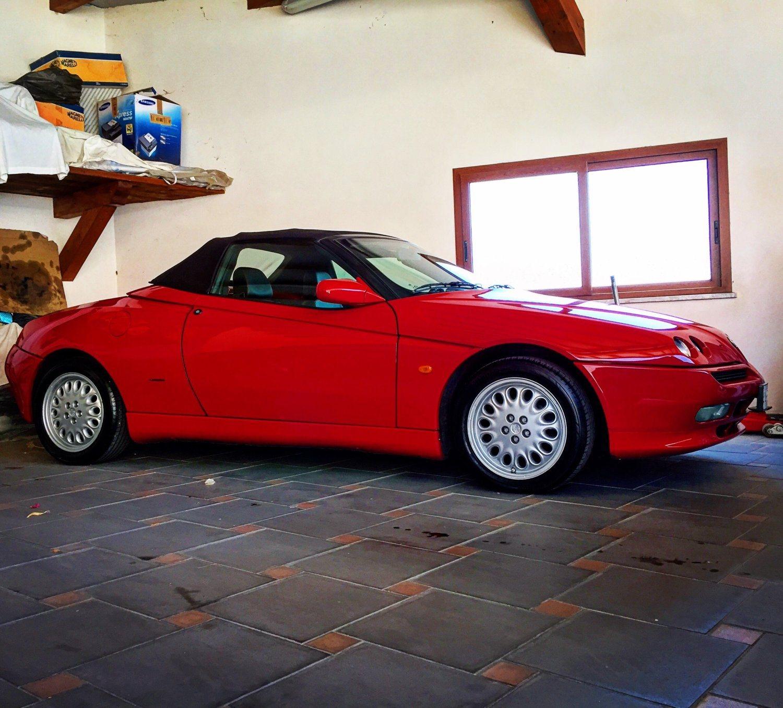 foto Alfa Romeo Spider 2.0 TS  MY 1995 - 2