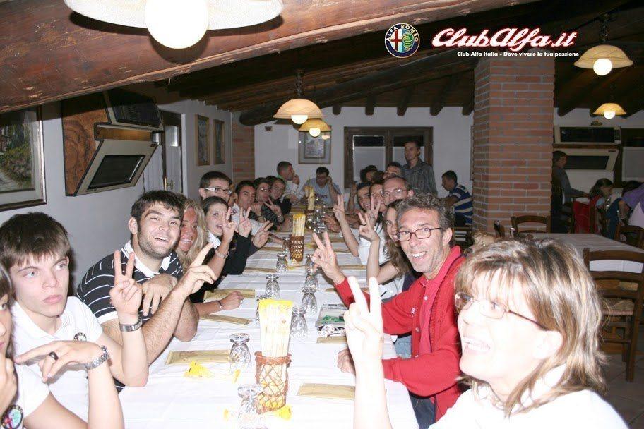 lh5.ggpht.com_ClubAlfaItalia_SM6AtkzsTQI_AAAAAAAAA3E_r30eJ8c4flY_s912_Desenzano1.jpg