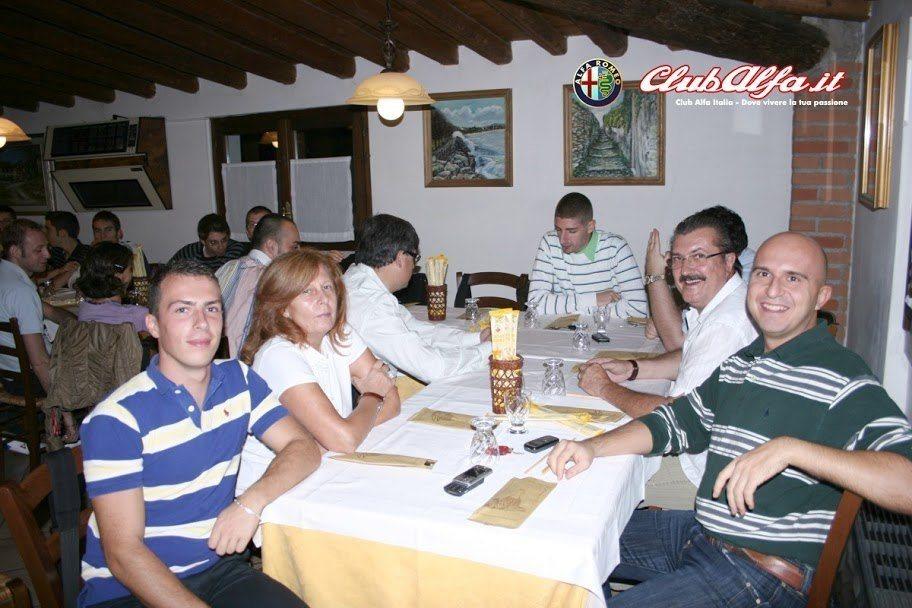 lh5.ggpht.com_ClubAlfaItalia_SM6AtmLcNKI_AAAAAAAAA3M_VfJP66WCLu8_s912_desenzano2.jpg