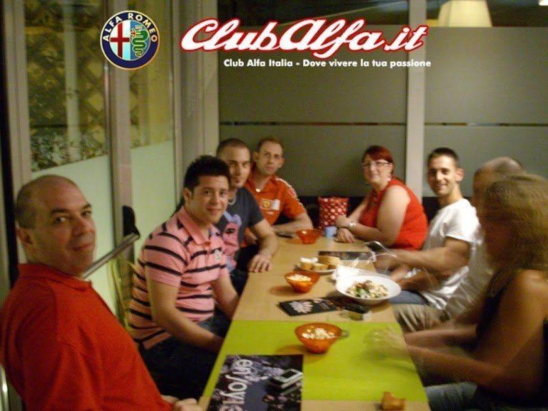 lh6.ggpht.com_ClubAlfaItalia_SM_TDh5cuKI_AAAAAAAABDU_MzE8_iWetLQ_s800_IMGP0126_20__20Copia.JPG
