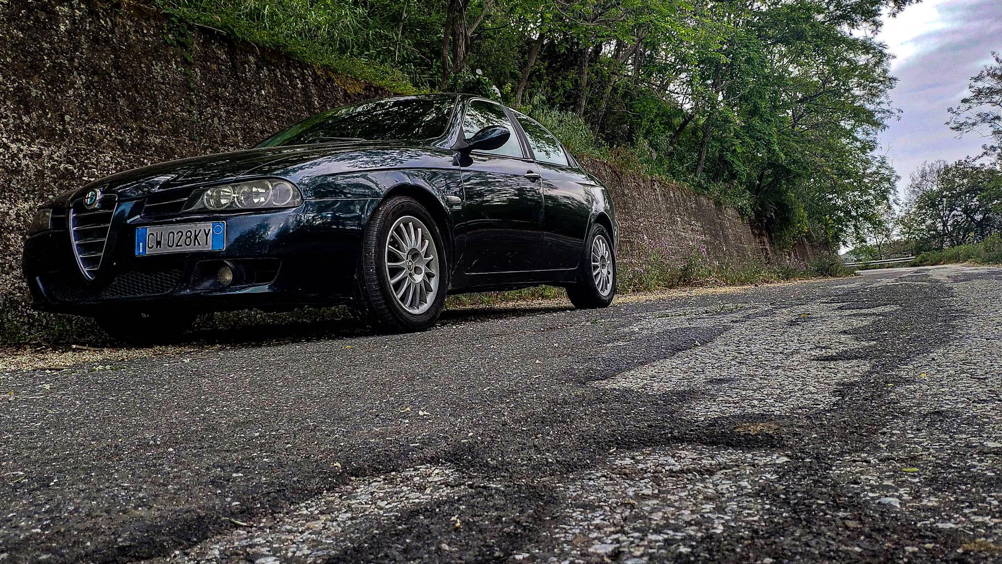foto Alfa Romeo 156 - 1.9 JTD-m 140cv - Progression - Blu Capri - 2005 - CT - 4