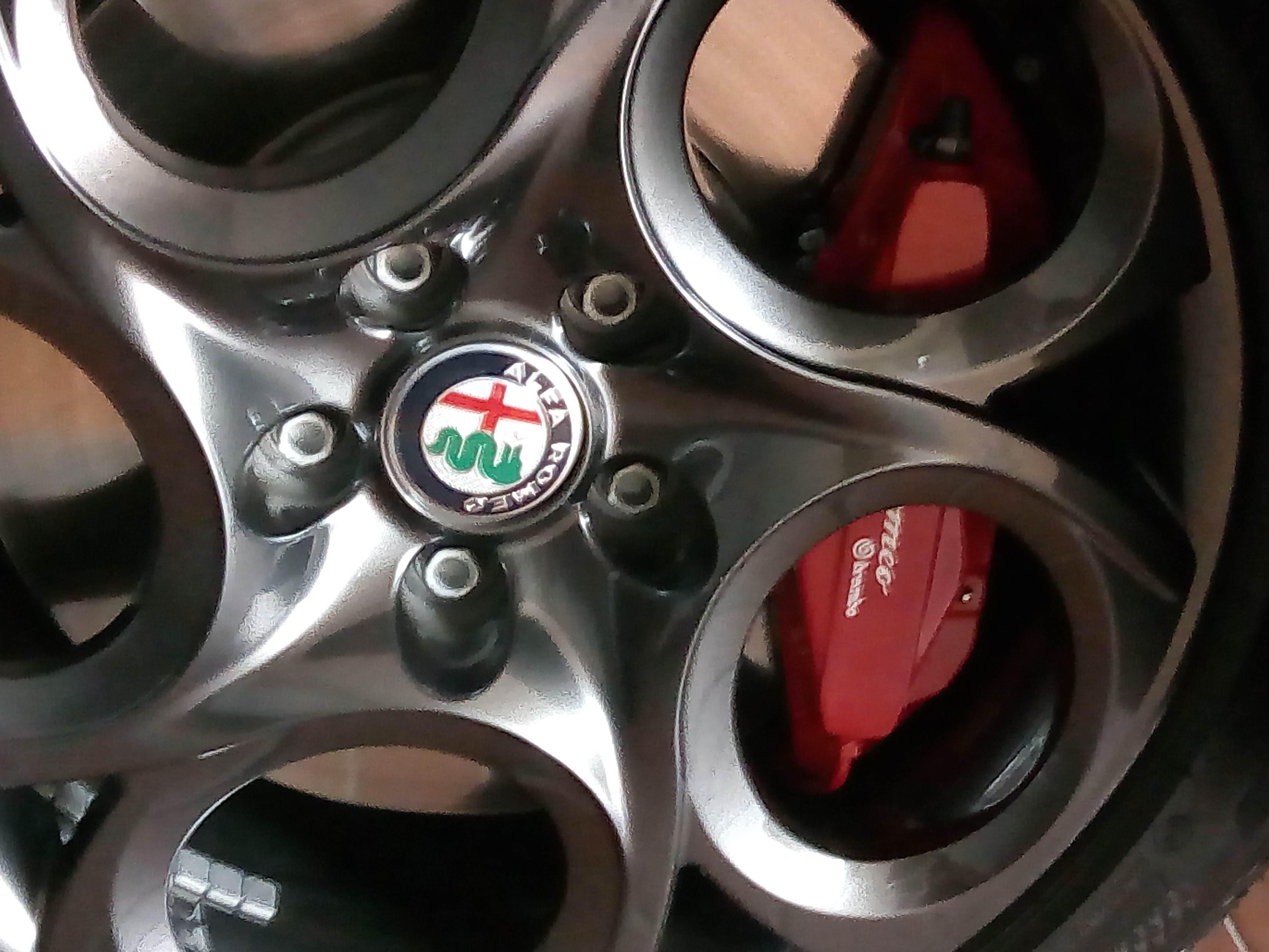 foto Convincetemi a comprare dei cerchi r17 per l'inverno - 1