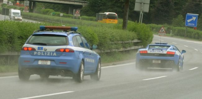 foto Alfa 159 Carabinieri e Polizia: differenze e opinioni - 1