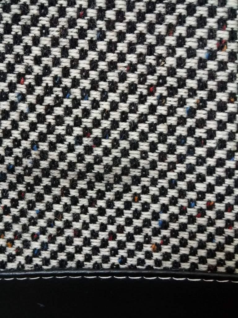 foto interni a scacchi con fili colorati 75 turbo prima serie e 75 2.5 V6 Q - {attachcounter}
