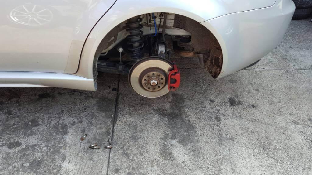 foto Dopo un urto ruota posteriore sx storta - 1