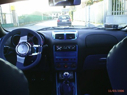 foto Alfa 147 - 1.9 Jtd - Blu Elettrico - Anno - Milano - 10
