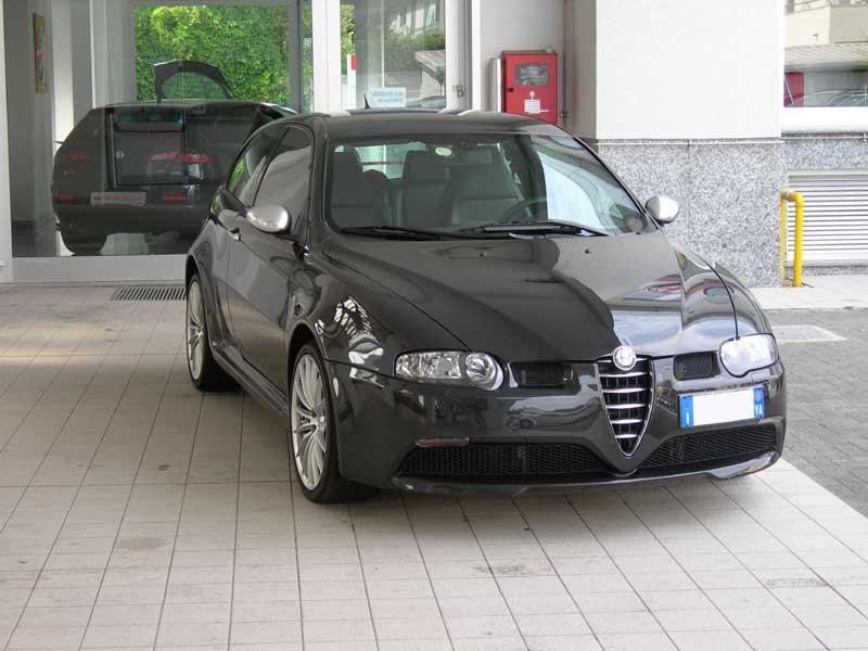 foto Alfa 147 - 3.2 V6 GTA Selespeed - Nero Metallico - VA - 2