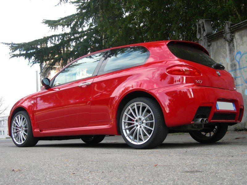 foto Alfa 147 - 3.2 V6 GTA Selespeed - Nero Metallico - VA - 1