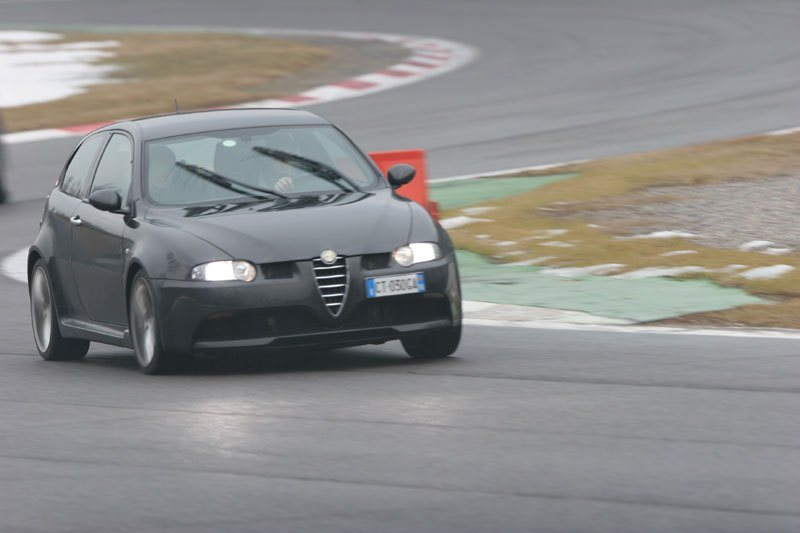 foto Alfa 147 - 3.2 V6 GTA Selespeed - Nero Metallico - VA - 6